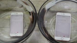 iPhone 6s/iPhone 6s Plusは1時間以上水につけても動作する